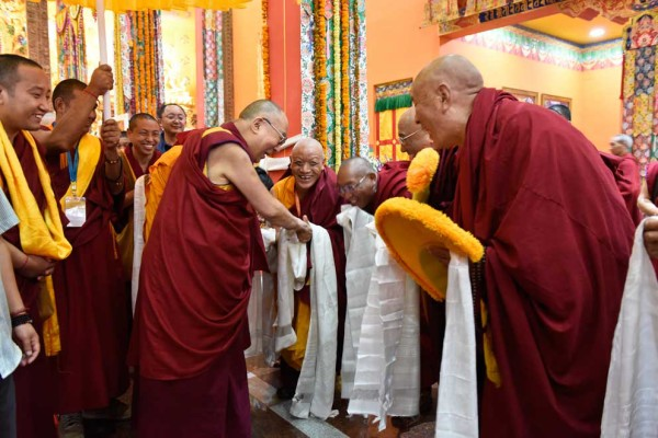 May His Holiness the Dalai Lama Live Long! – Jangchup Lamrim